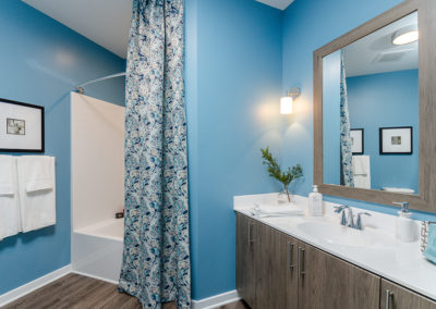 view our photo gallery two bedroom apartment bathroom with tub